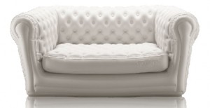 blofield-inflatable-chesterfield-armchair-jeroen-van-de-kant1