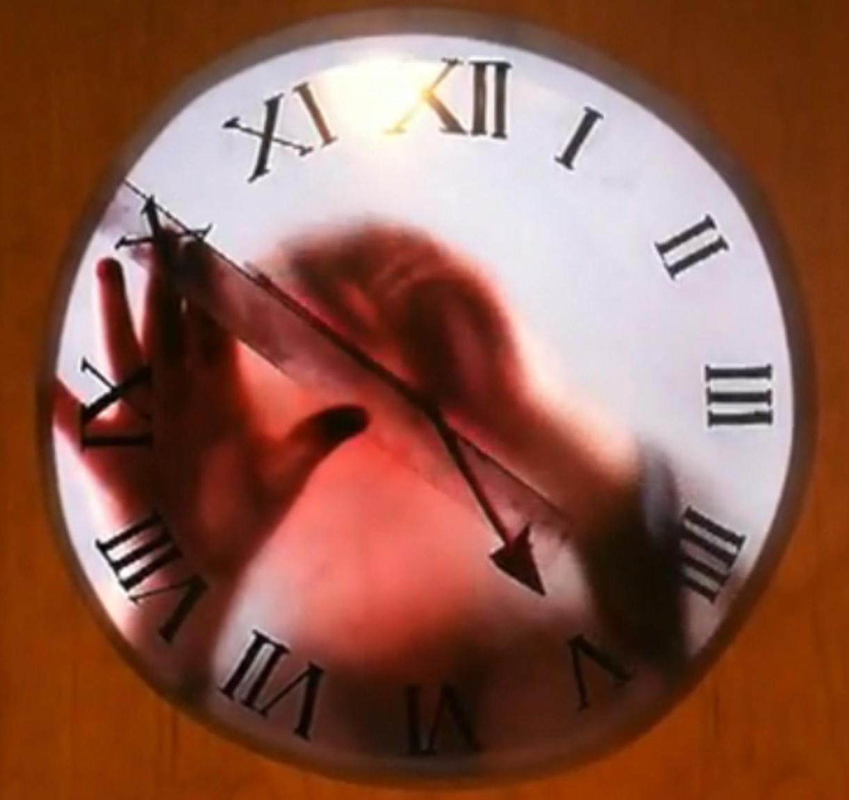 Awesome Clock In A Slightly Creepy Way Grandad
