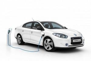 Renault Fluence Z.E London Electric minicab charging