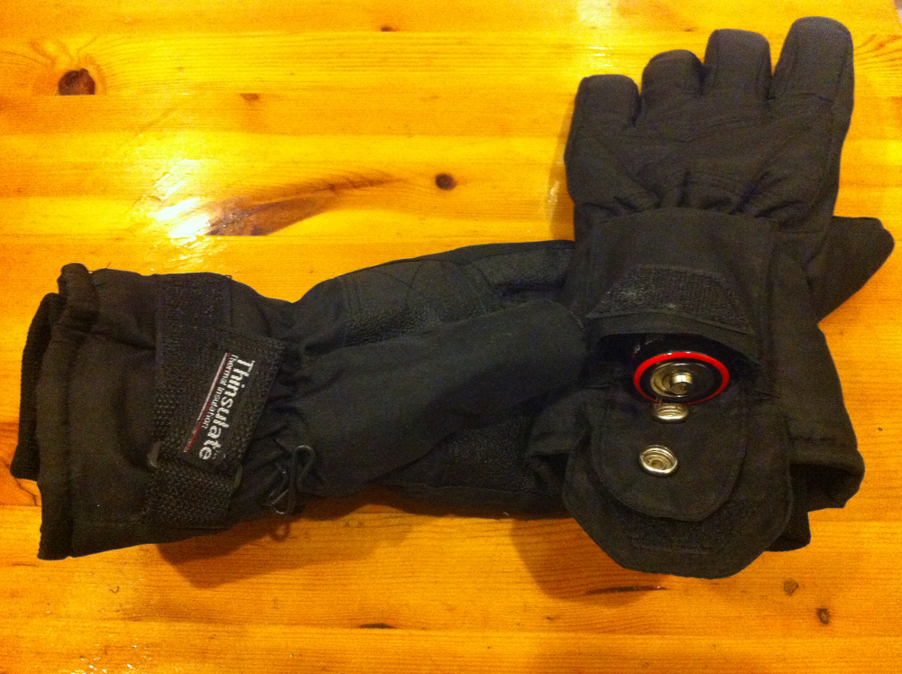 Electrically Heated Thinsulate Gloves Hands In Review