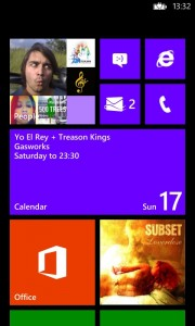 nokia lumia win 8 homescreen