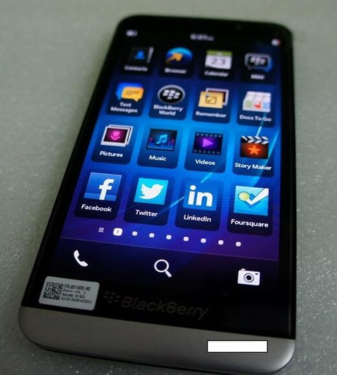 Blackberry A10 flagship smartphone leaked pics and video