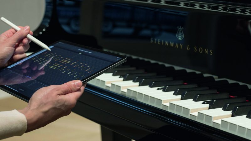 Steinway & Sons SPIRIO | r Self-Playing Piano